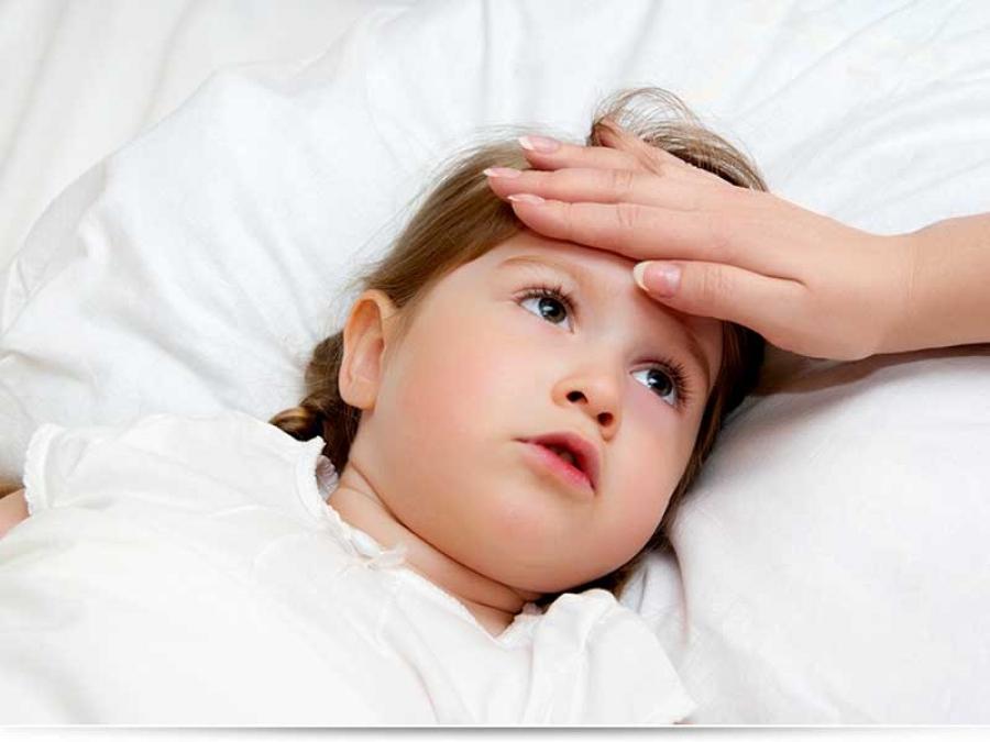 Чем опасны судороги при температуре у ребенка