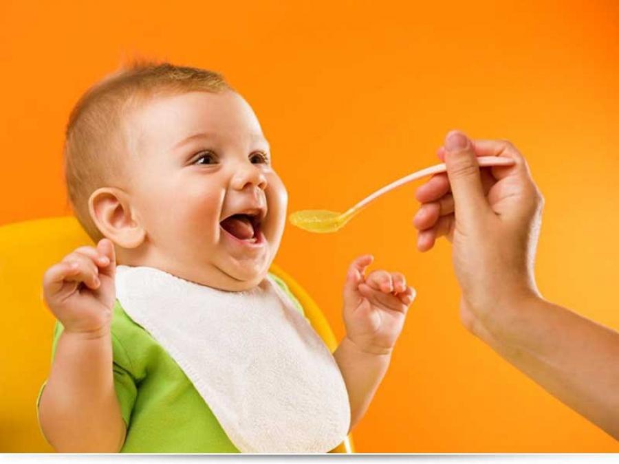 Во сколько месяцев ребенку можно давать суп?